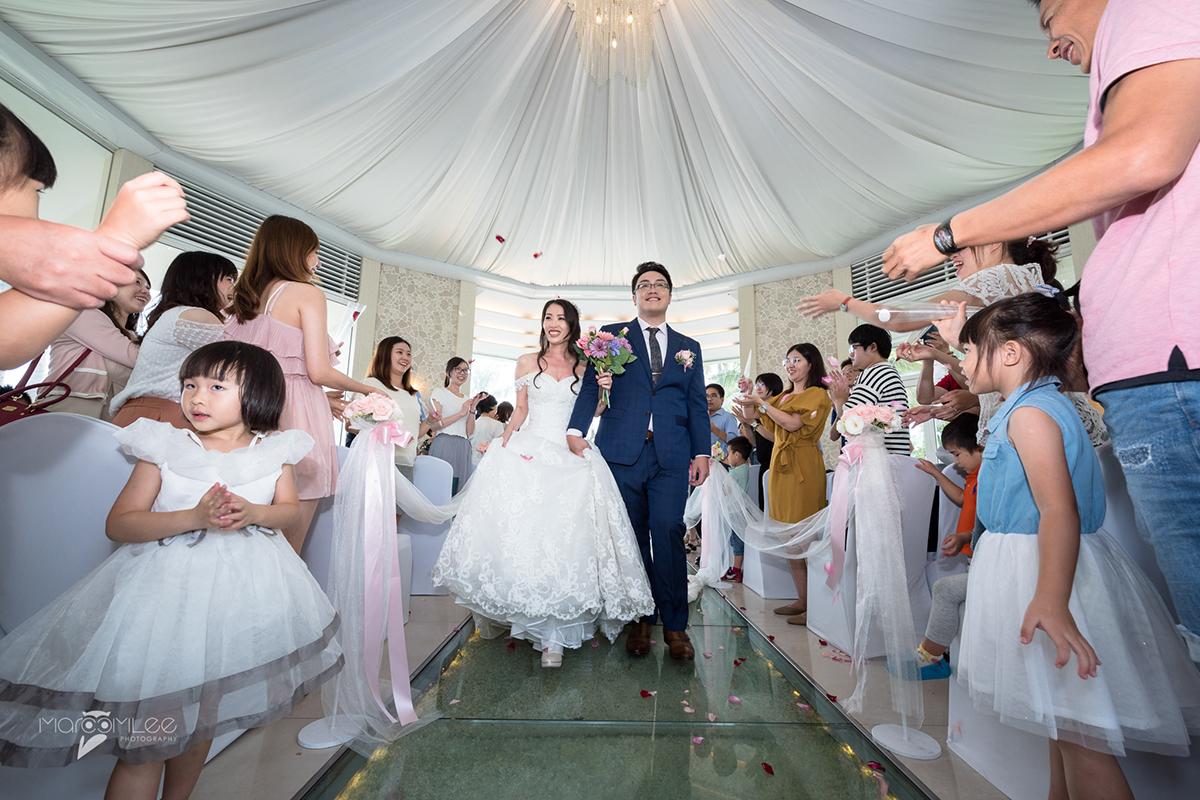 [高雄婚攝] 育澤 & 奕寧 婚禮記錄 @ 西子灣沙灘會館 證婚